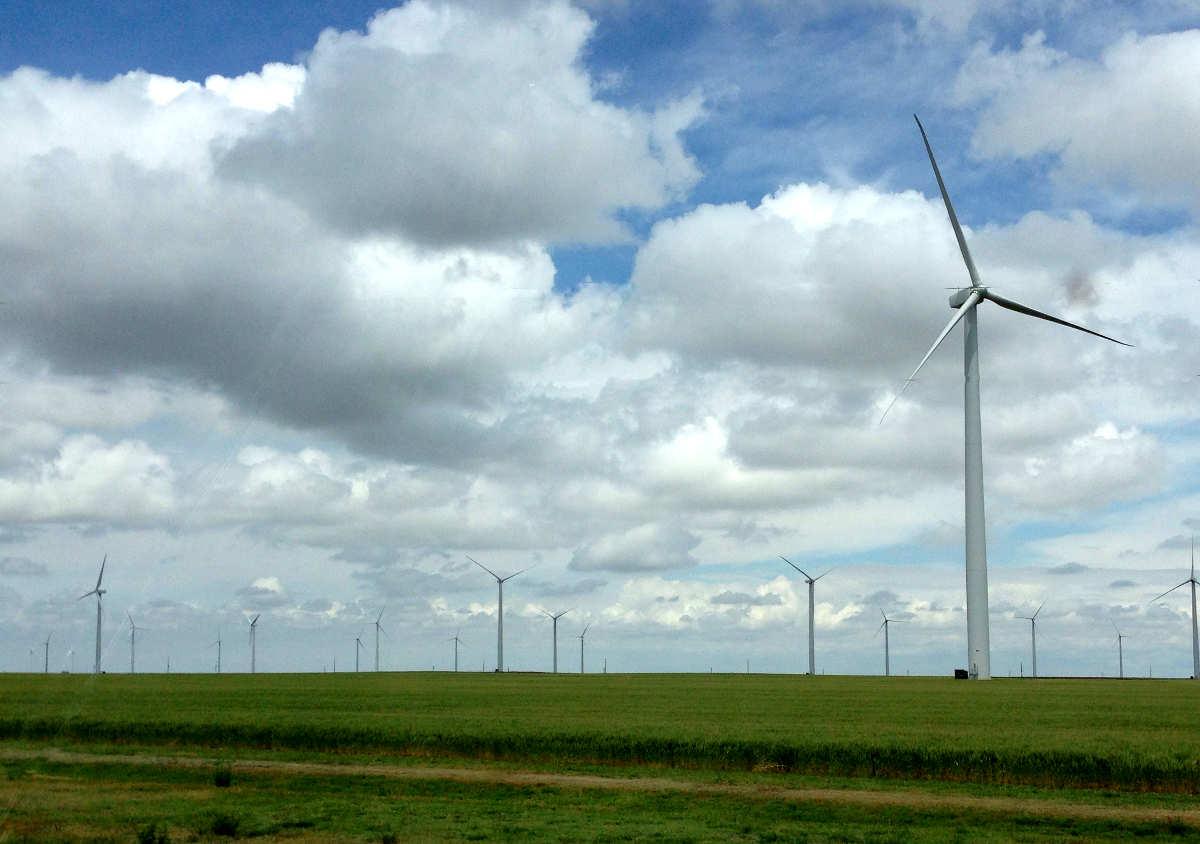 Kansas City Star's dishonest portrayal of renewable energy mandate
